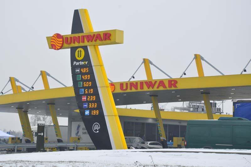 F.H.U. UNIWAR Stacja Paliw Łaziska