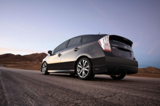 Prius PLUS Performance Package