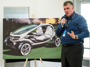 Christopher Rhoades szef projektu Mercedes Benz Golf Vision Cart