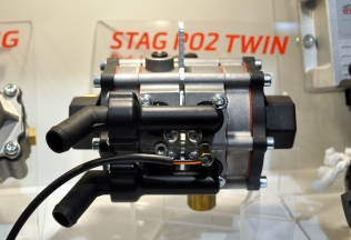 STAG R02 Twin